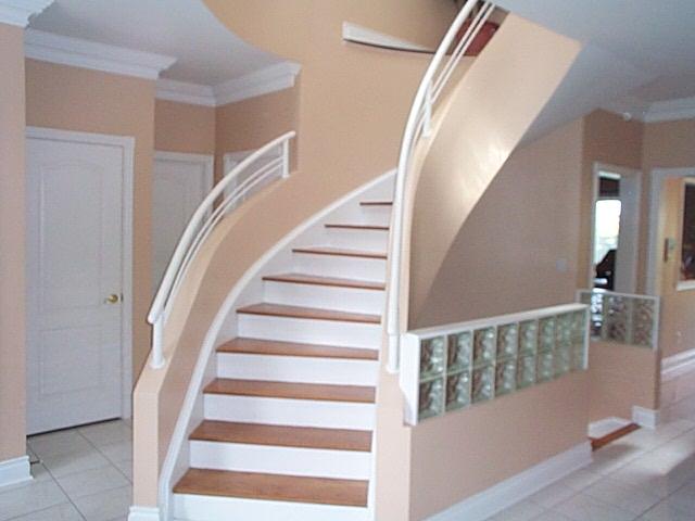 Semi Circ. staircase